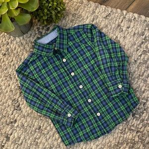 🧁Oshkosh boys long sleeve plaid button up shirt